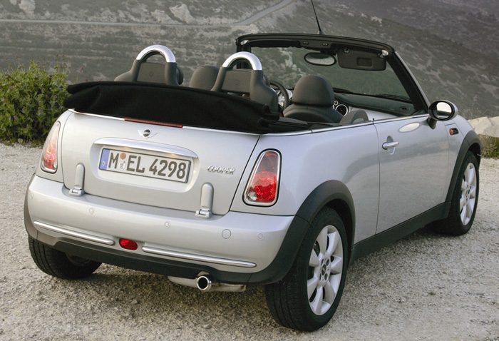 The MINI Convertible Roof ? Two Ways To Enjoy Open Motoring