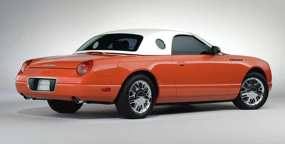 2005 ford thunderbird limited edition 007 ford thunderbird this coral thunderbird is driven by halle berrys character jinx in the new james bond film die another day sciox Image collections