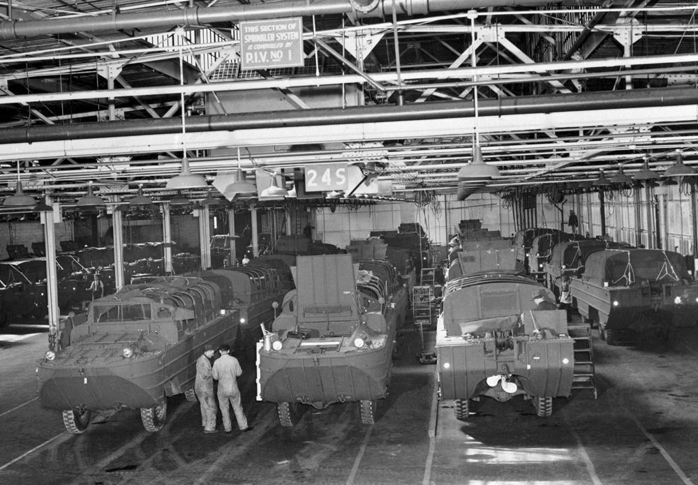 """Central Auto Sales >> GMC """"Ducks"""" (1943)"""