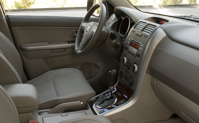 Grand Vitara Interior Front Seat on 2007 Suzuki Grand Vitara