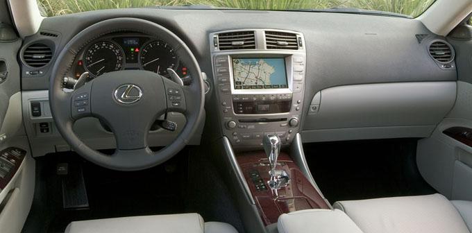 http://myautoworld.com/toyota/cars/lexus/2000/lexus-is-2006/2006_IS_350_20_001.jpg
