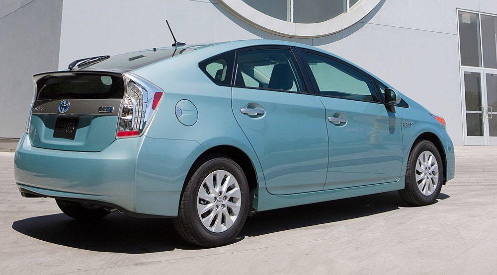 2013 toyota prius plug in. Black Bedroom Furniture Sets. Home Design Ideas