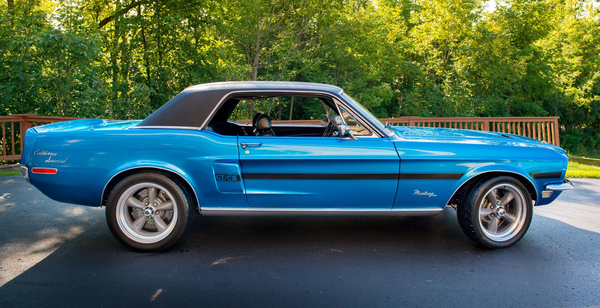 RESTOMOD MUSTANGS: THE HIPSTERS OF CARS ARE VINTAGE ON THE OUTSIDE ...