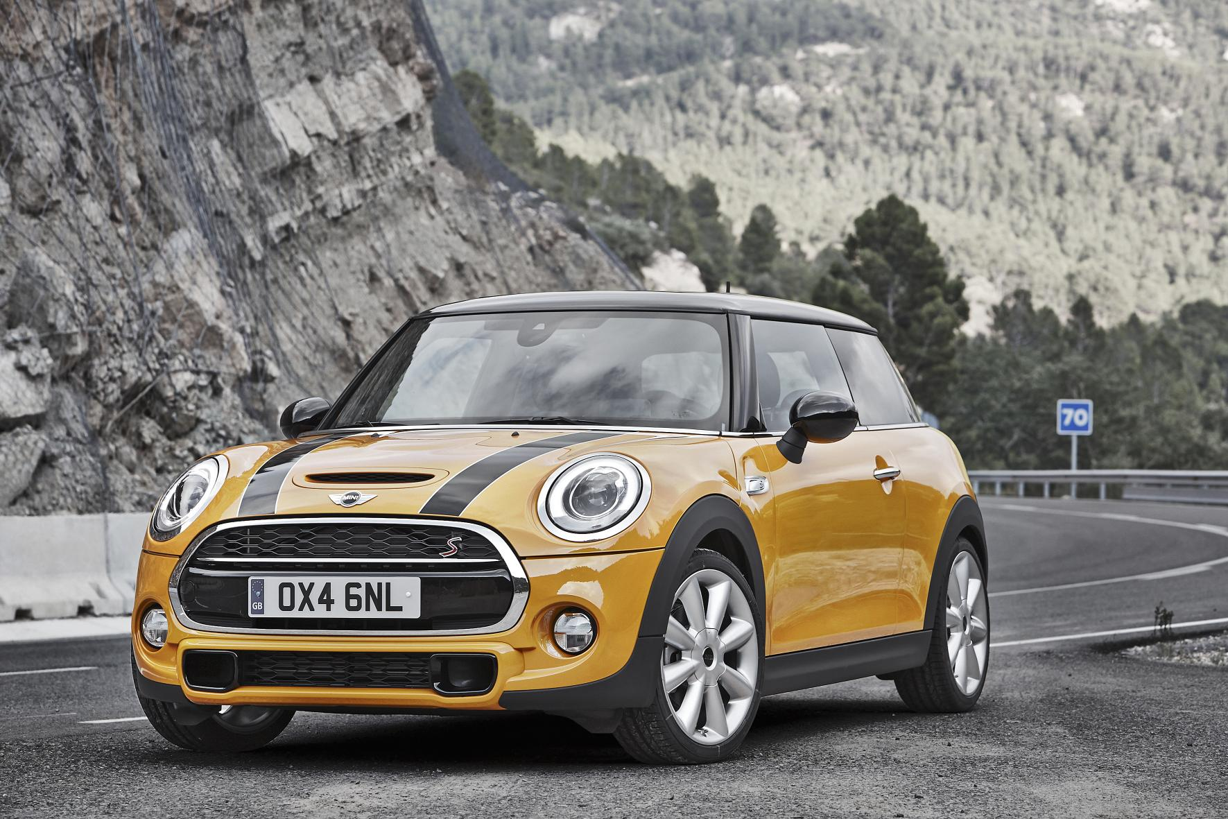 All New Mini Hatch Unveiled At Plant Oxford Contemporary Evolution Of