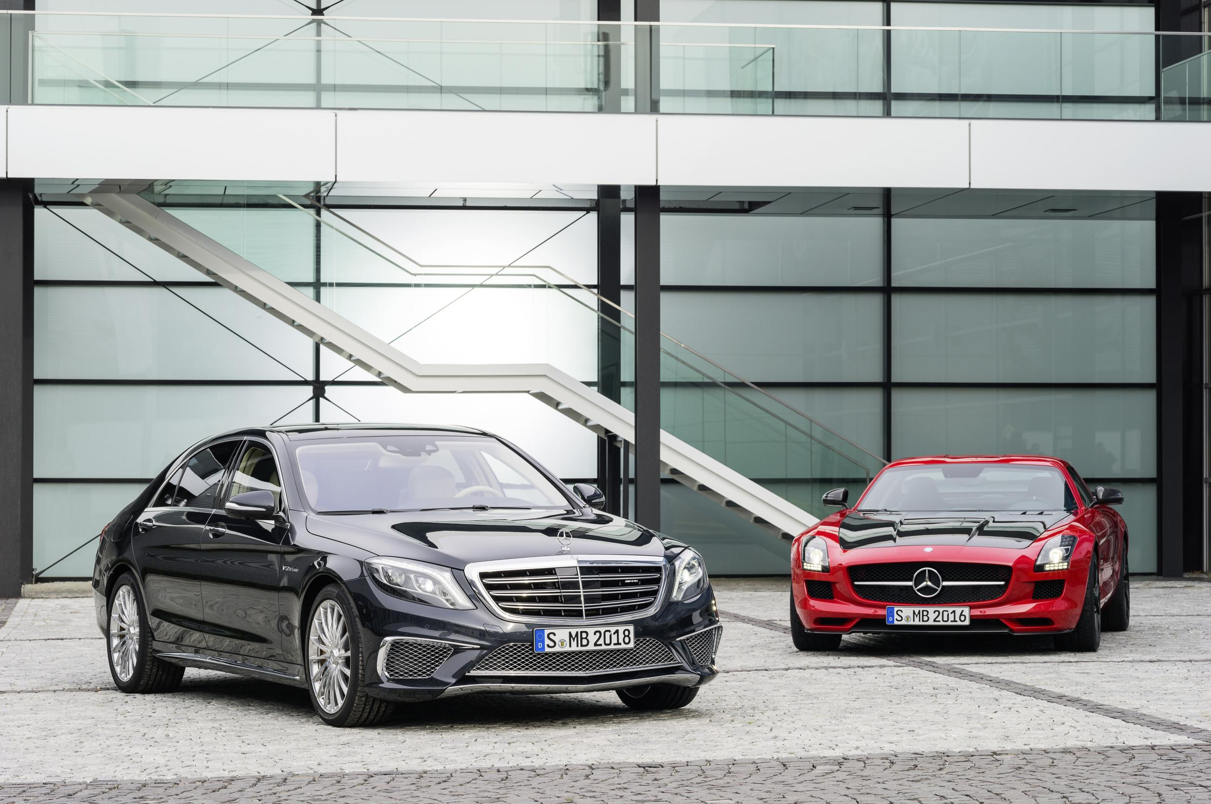 MERCEDES S65 AMG AND SLS AMG GT FINAL EDITION IN TOKYO AND LOS ANGELES
