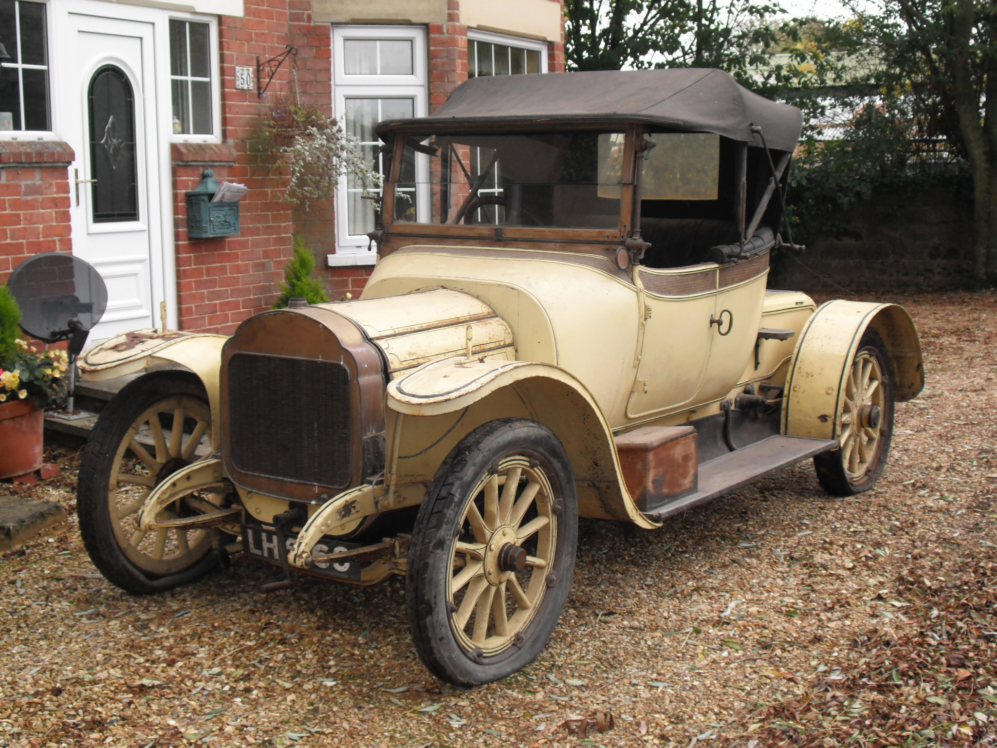 PROJECT PARADISE AT ANGLIA CAR AUCTIONS\' FIRST CLASSIC SALE OF 2014 ...
