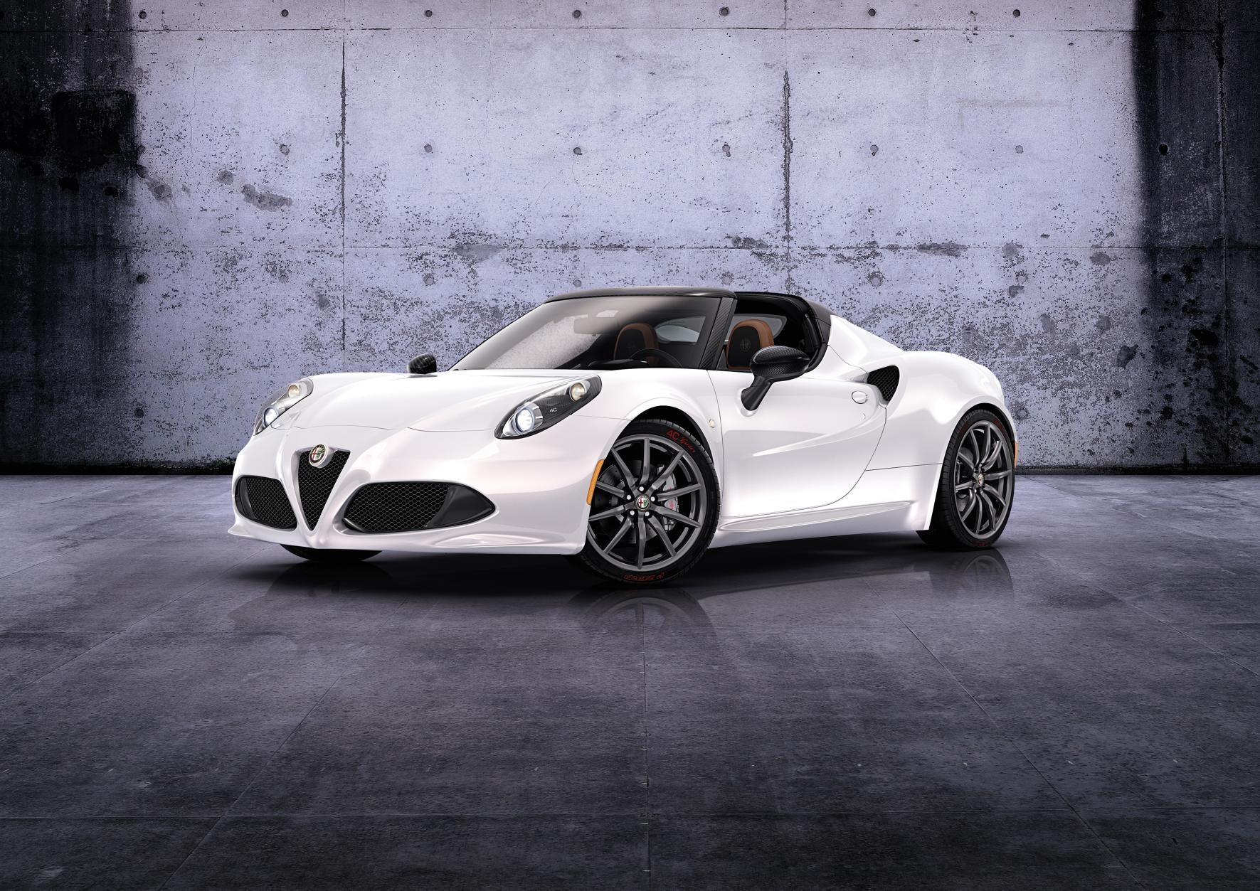 ALFA ROMEO 4C SPIDER UK ORDER BOOKS OPEN