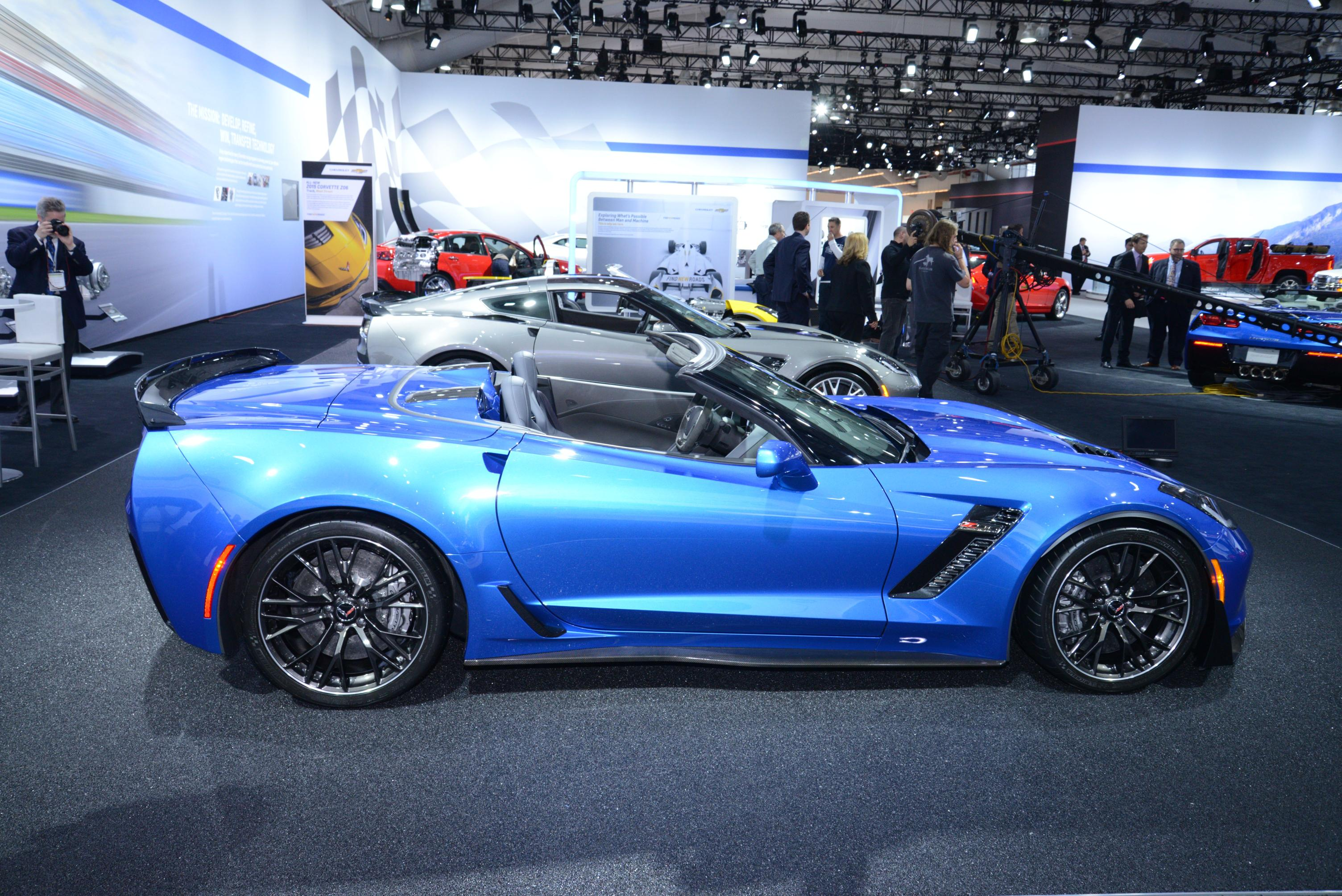 Drop Top Supercar 2015 Corvette Z06 Convertible