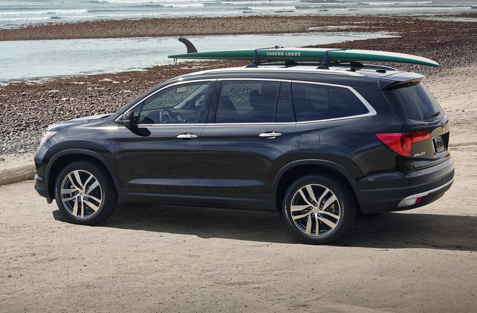 The 2016 Honda Pilot Is The Triple Threat Poised To Top The Three Row Suv Segment Myautoworld Com