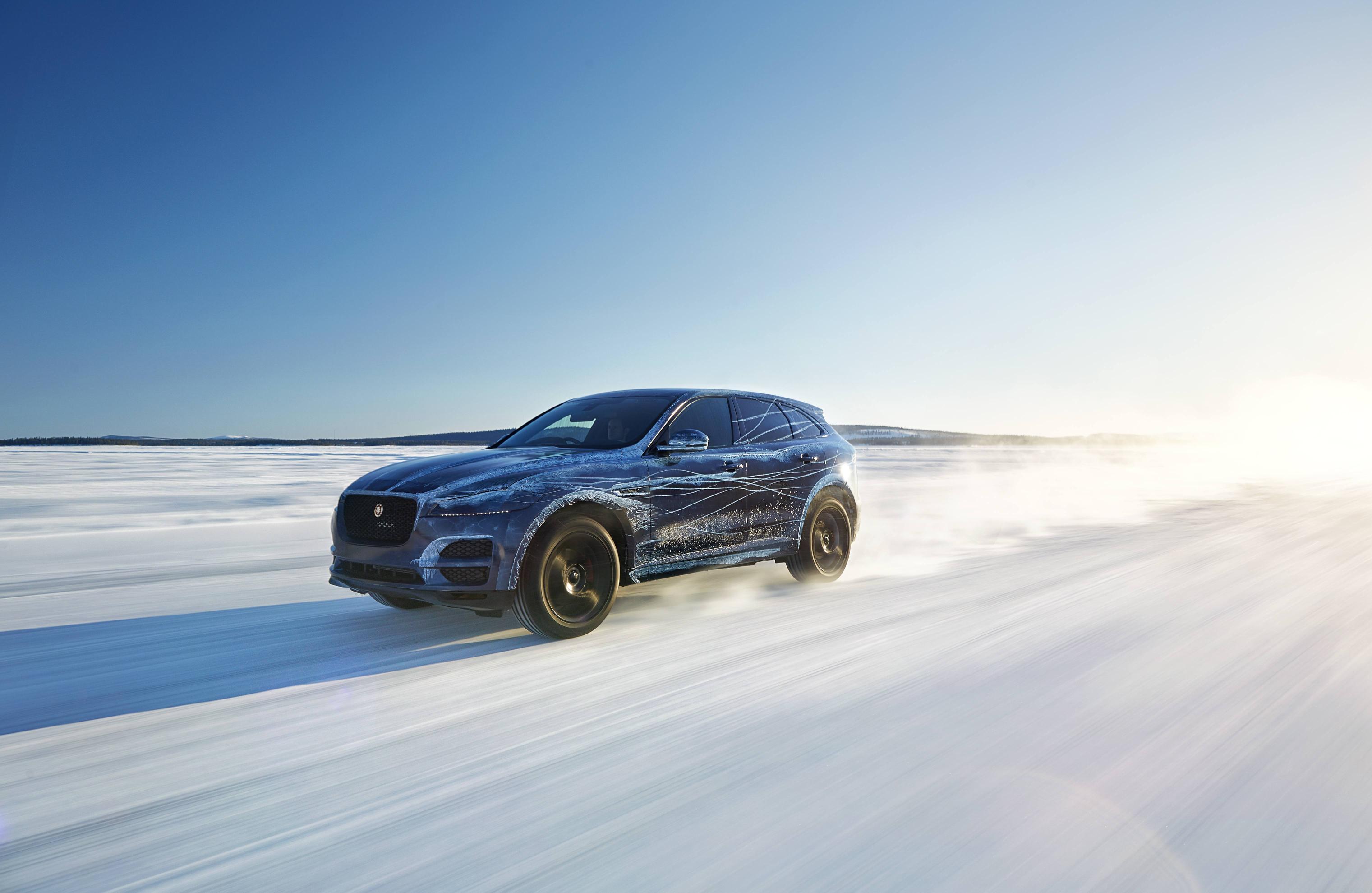 autonews speed nj com debuts myautoworld jaguar top new the at