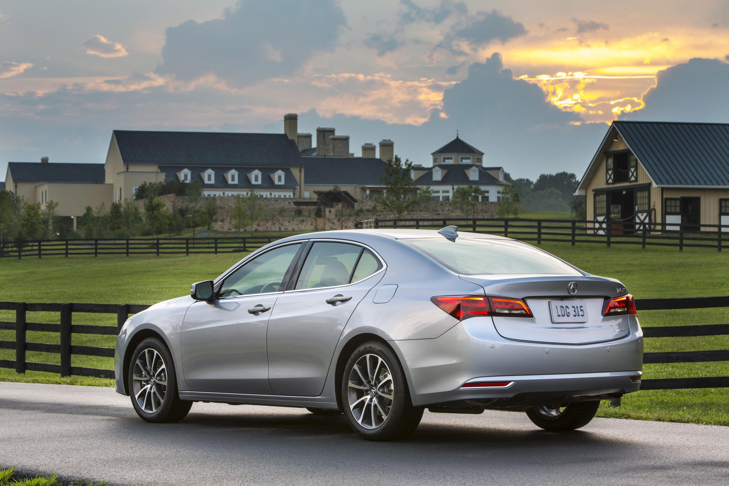 Research 2016                   ACURA TLX pictures, prices and reviews