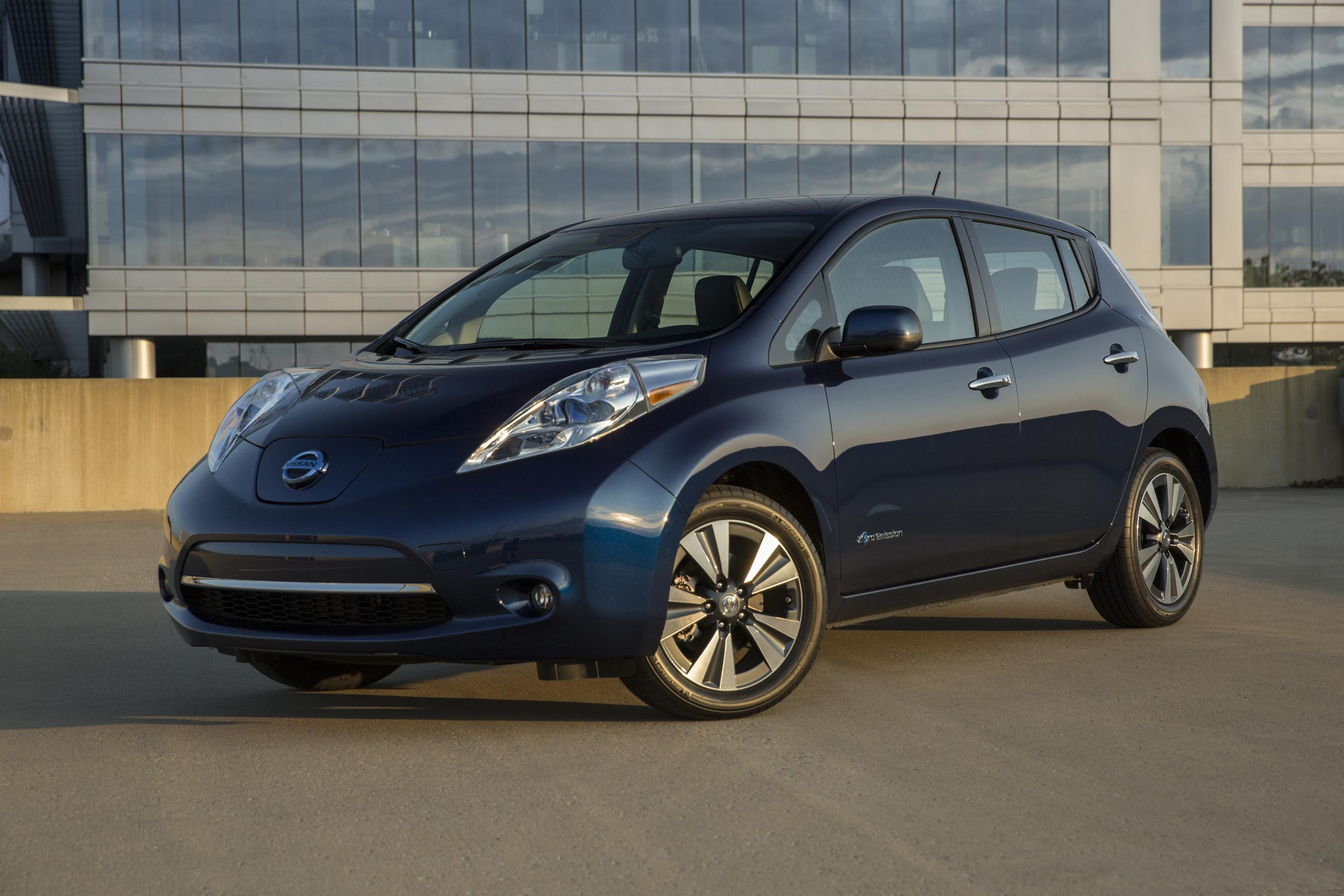 need nissan things buyers specs sport offers price rogue know to