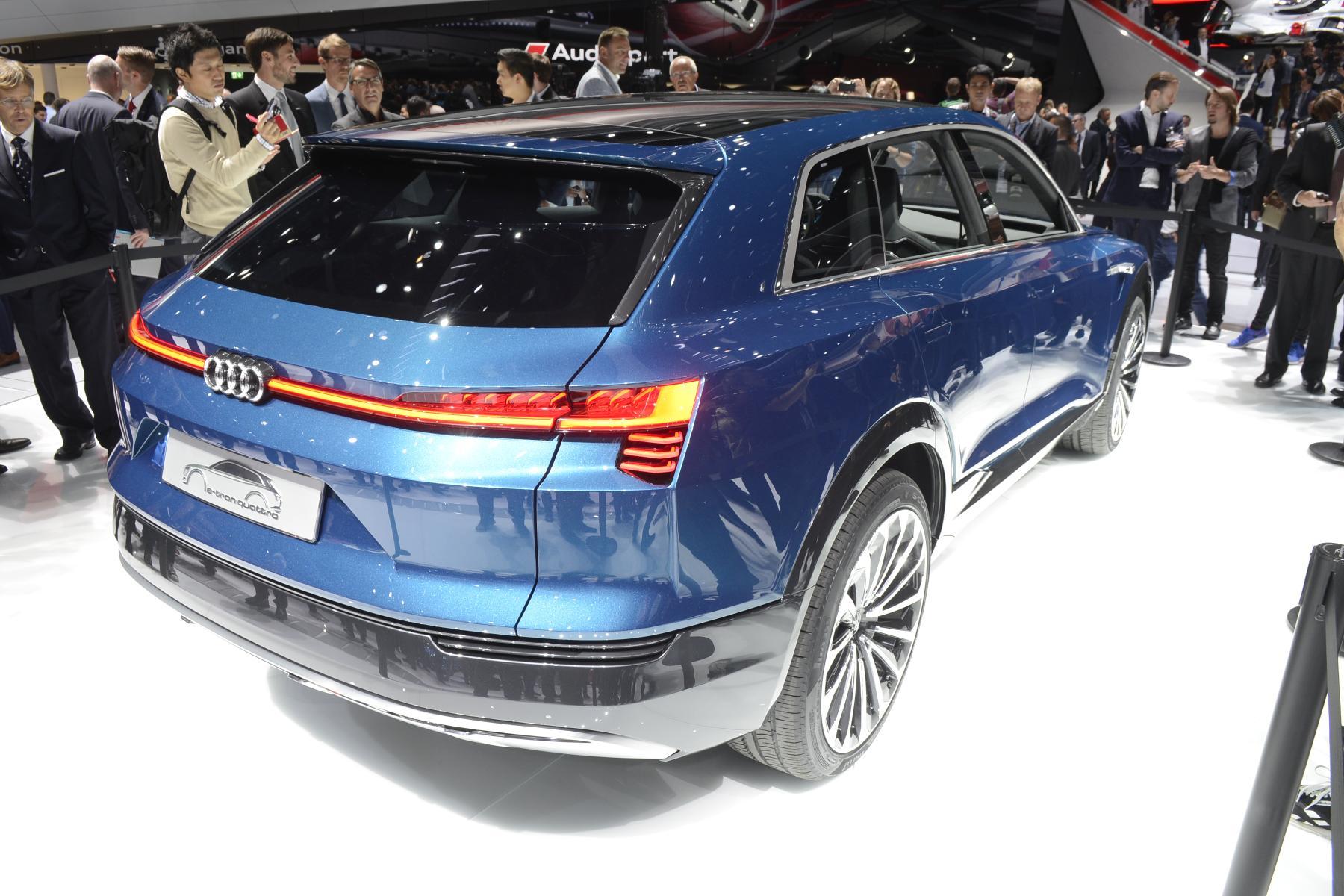 Audi e-tron quattro (2)