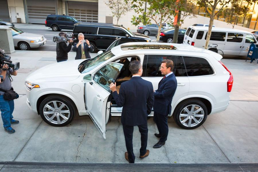 169519_Semi_autonomous_Volvo_XC90_drives_Los_Angeles_Mayor_Eric_Garcetti_to