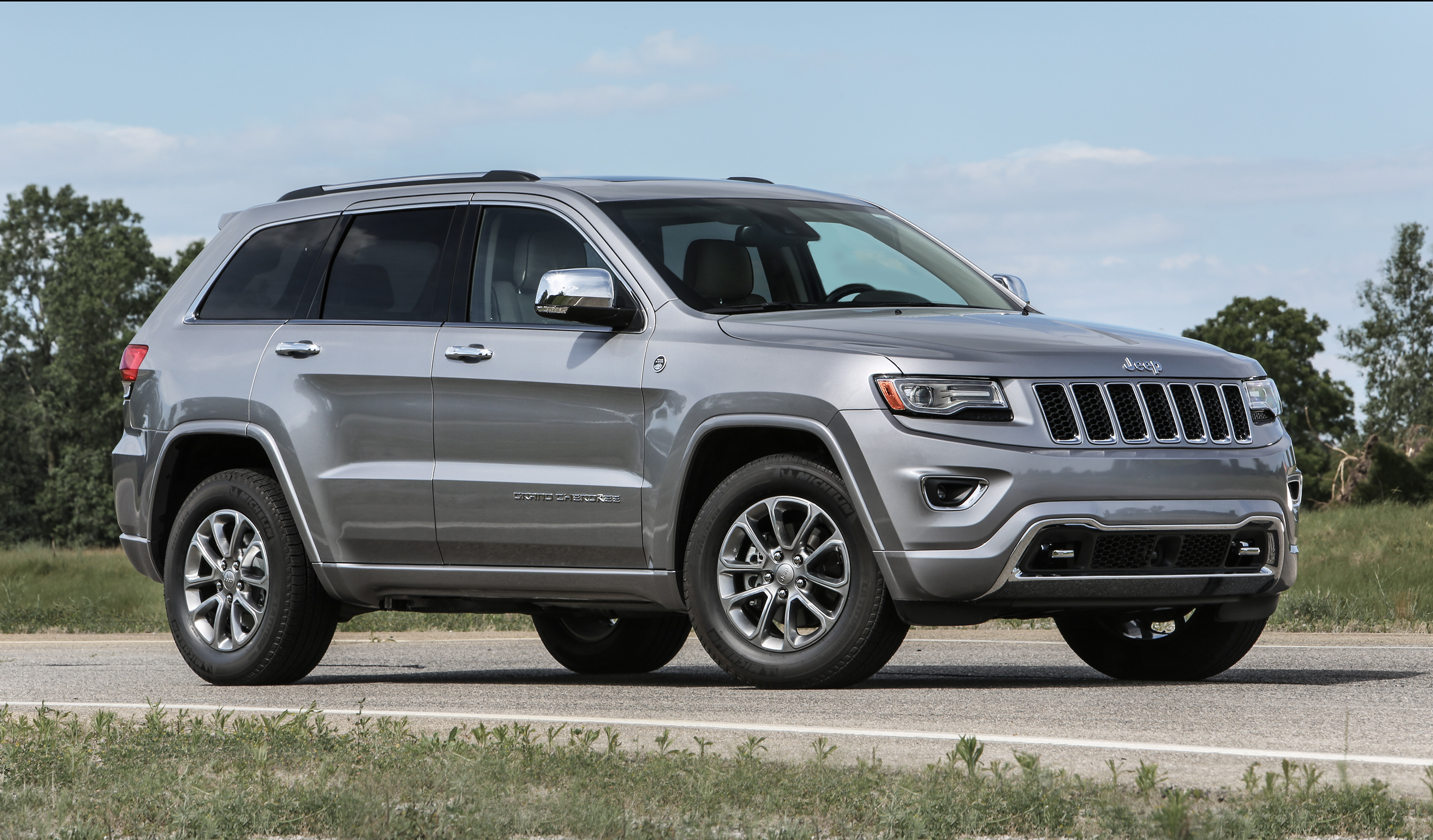 2016 jeep grand cherokee and grand cherokee srt. Black Bedroom Furniture Sets. Home Design Ideas