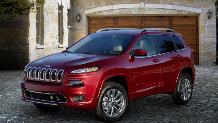 JEEP EXPANDS CHEROKEE LINEUP WITH PREMIUM OVERLAND MODEL