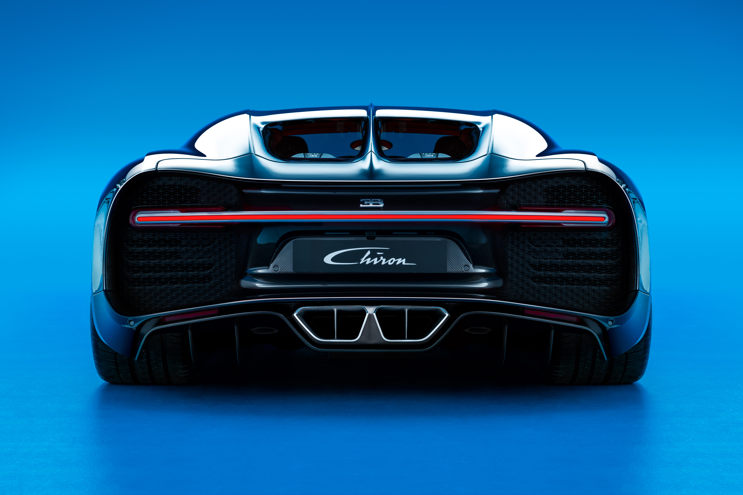 07_CHIRON_rear_WEB