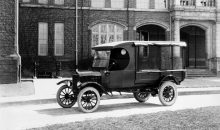 1917 Ford Model T truck with screened body