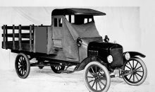 1918-Ford-Model-TT-one-ton-stake-bed-truck-98801