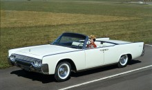 1961 Lincoln Continental Fordor Convertible