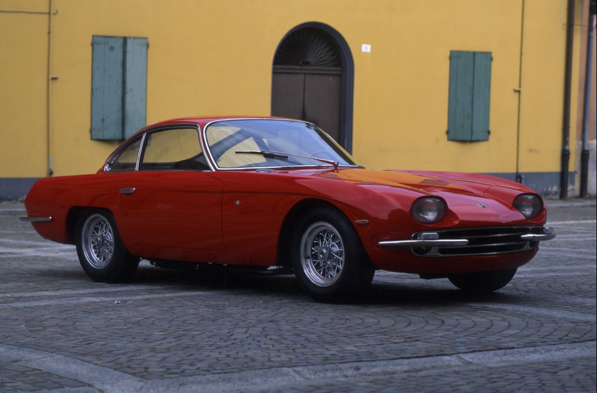 Lamborghini 350 GT colore rosso, anno 1964