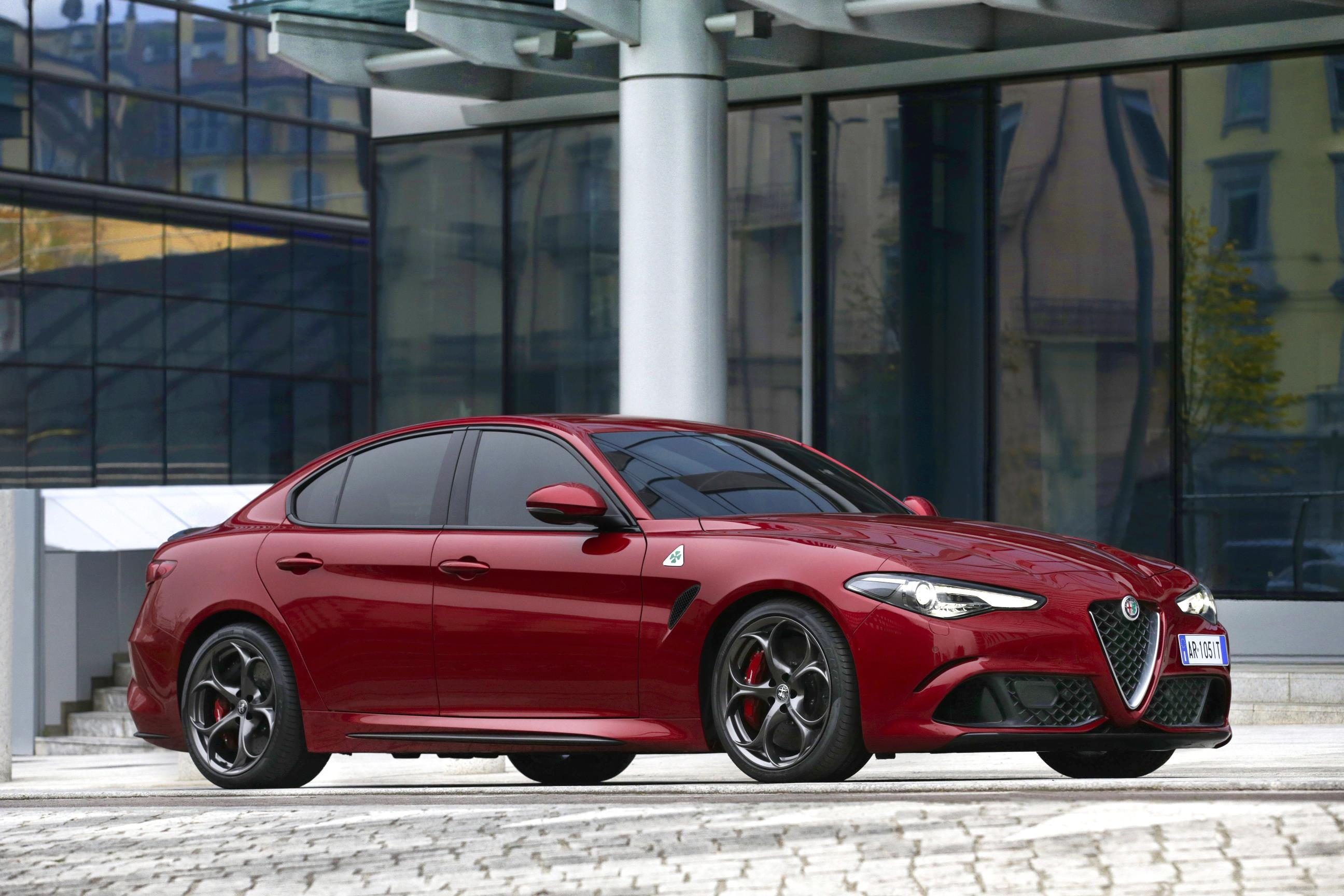ALFA ROMEO GIULIA QUADRIFOGLIO UK PRICING ANNOUNCE MyAutoWorldcom - Lease alfa romeo