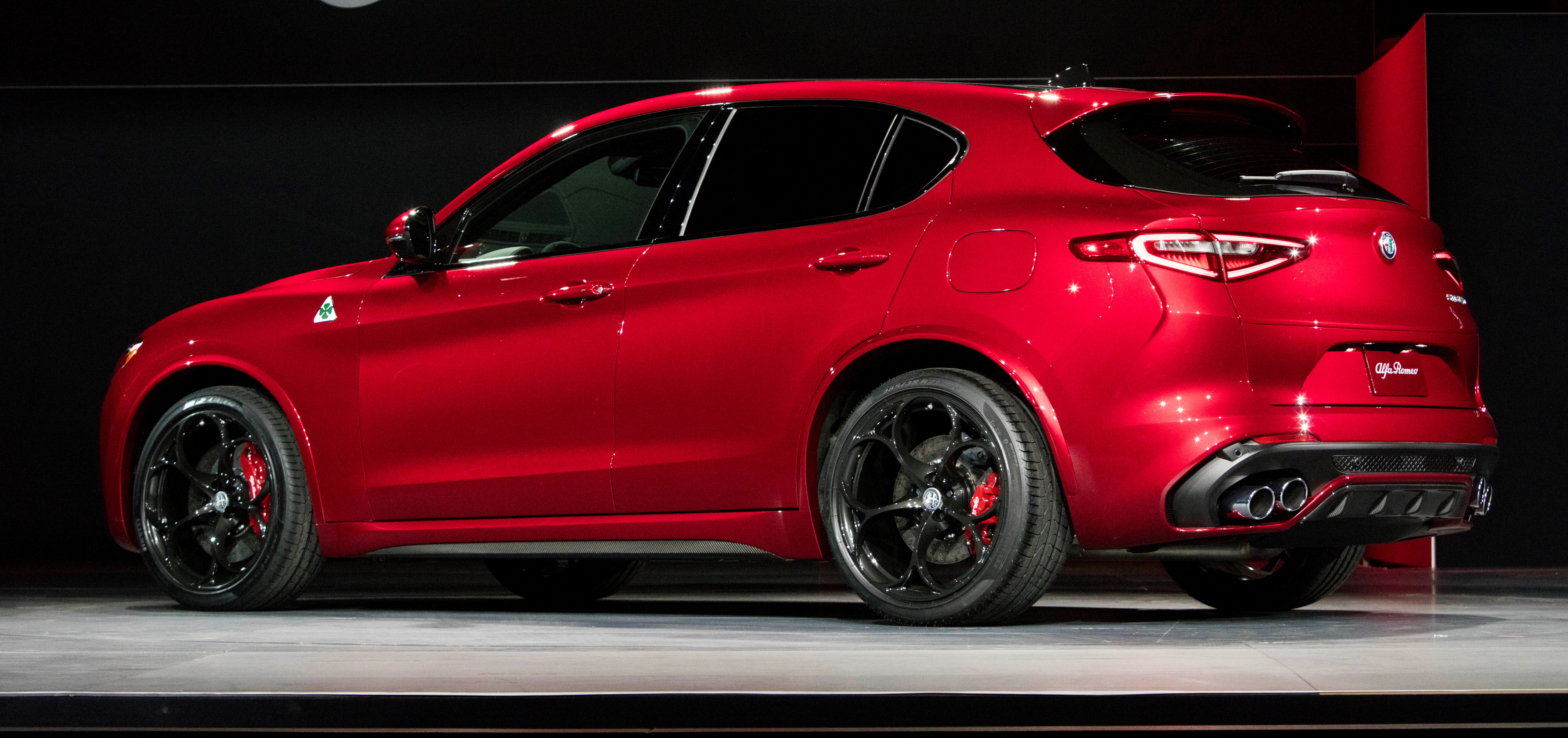 2018 Alfa Romeo Stelvio World Debut Myautoworld Com