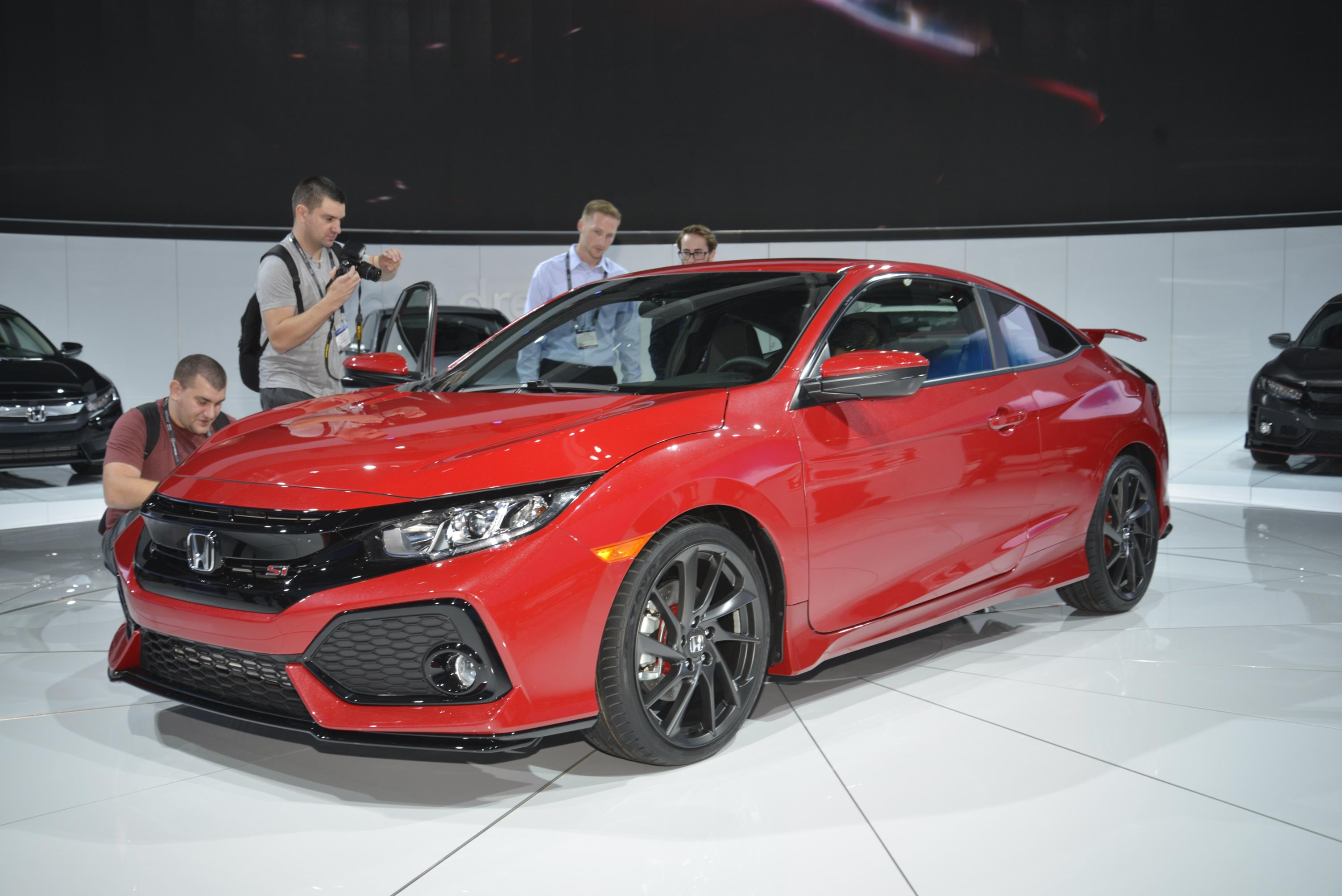 sporty honda civic si prototype completes 10th generation. Black Bedroom Furniture Sets. Home Design Ideas