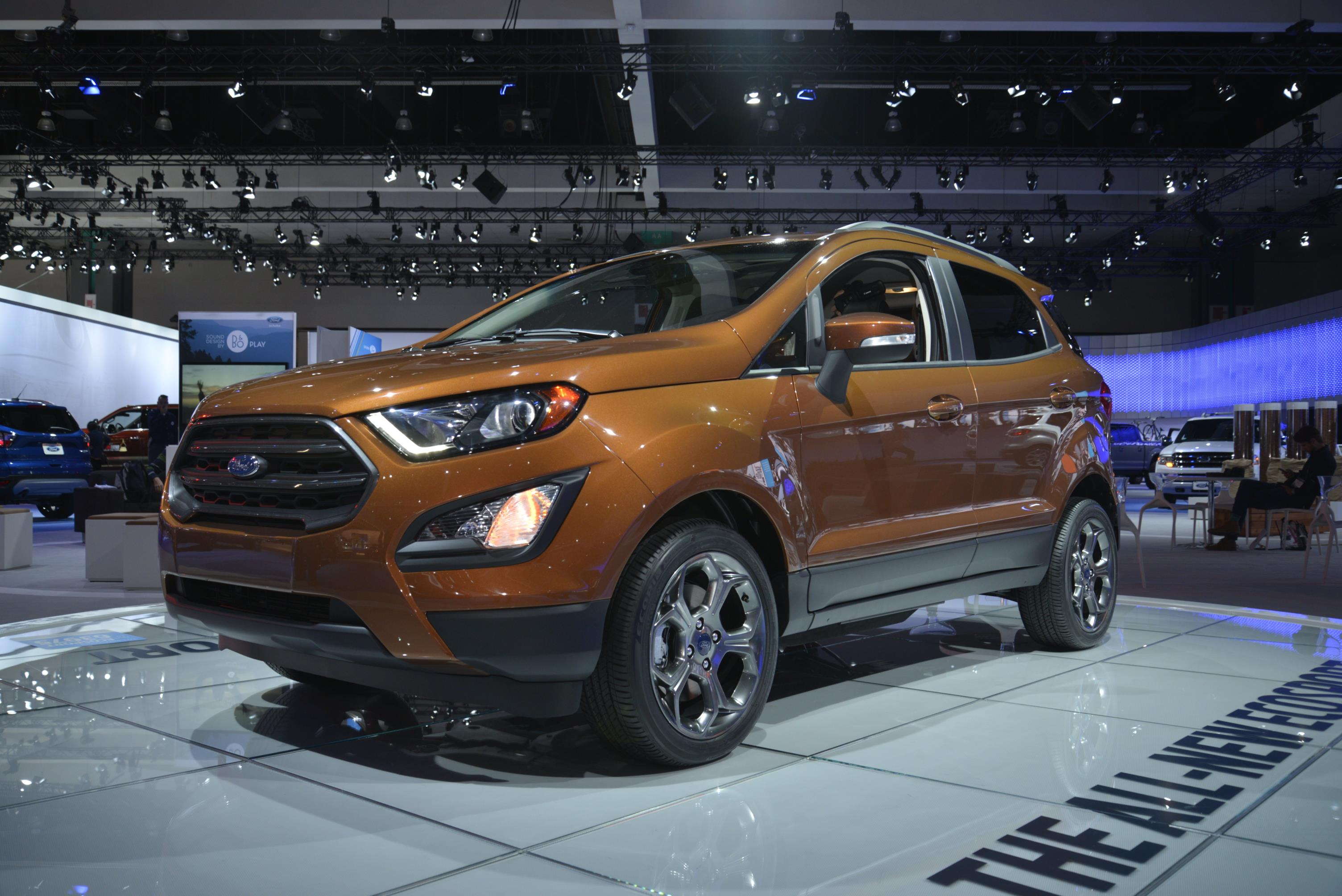 all new ecosport ford 39 s smallest suv. Black Bedroom Furniture Sets. Home Design Ideas