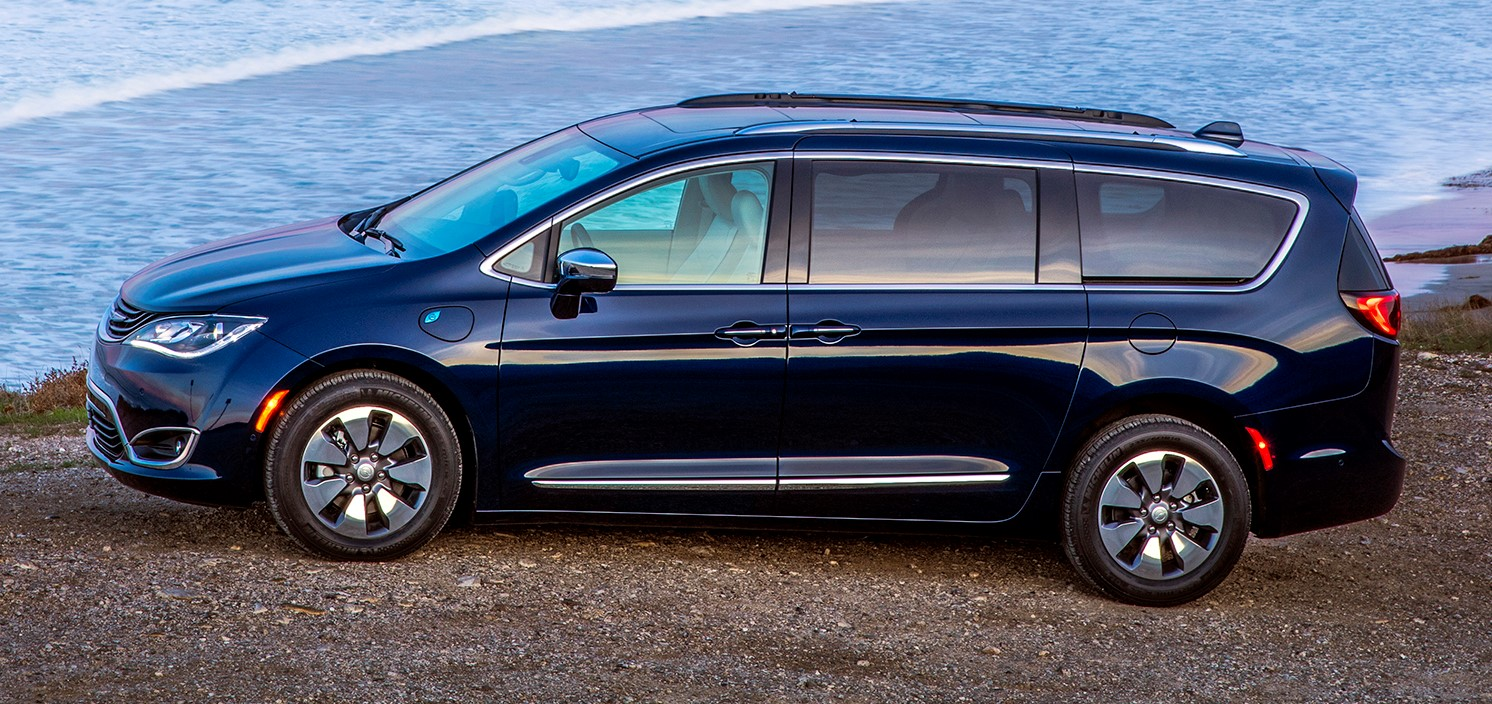 2017 Chrysler Pacifica Hybrid