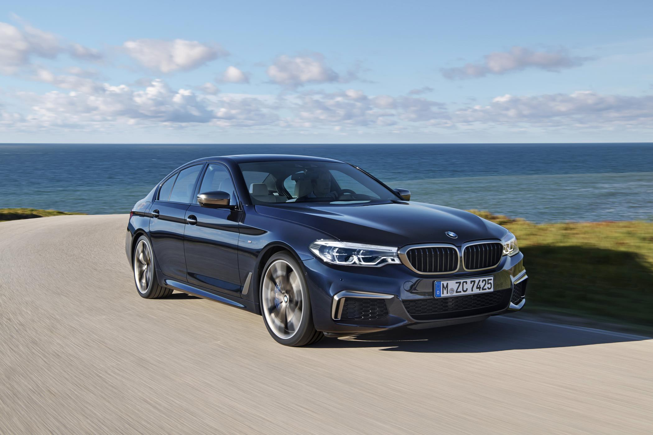 bmw announces price for 530e iperformance sedans and m550i. Black Bedroom Furniture Sets. Home Design Ideas