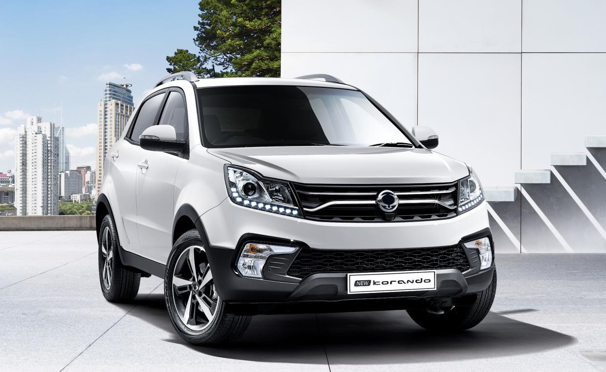 ssangyong showcases its xavl mid size suv concept and 2017 korando at geneva. Black Bedroom Furniture Sets. Home Design Ideas