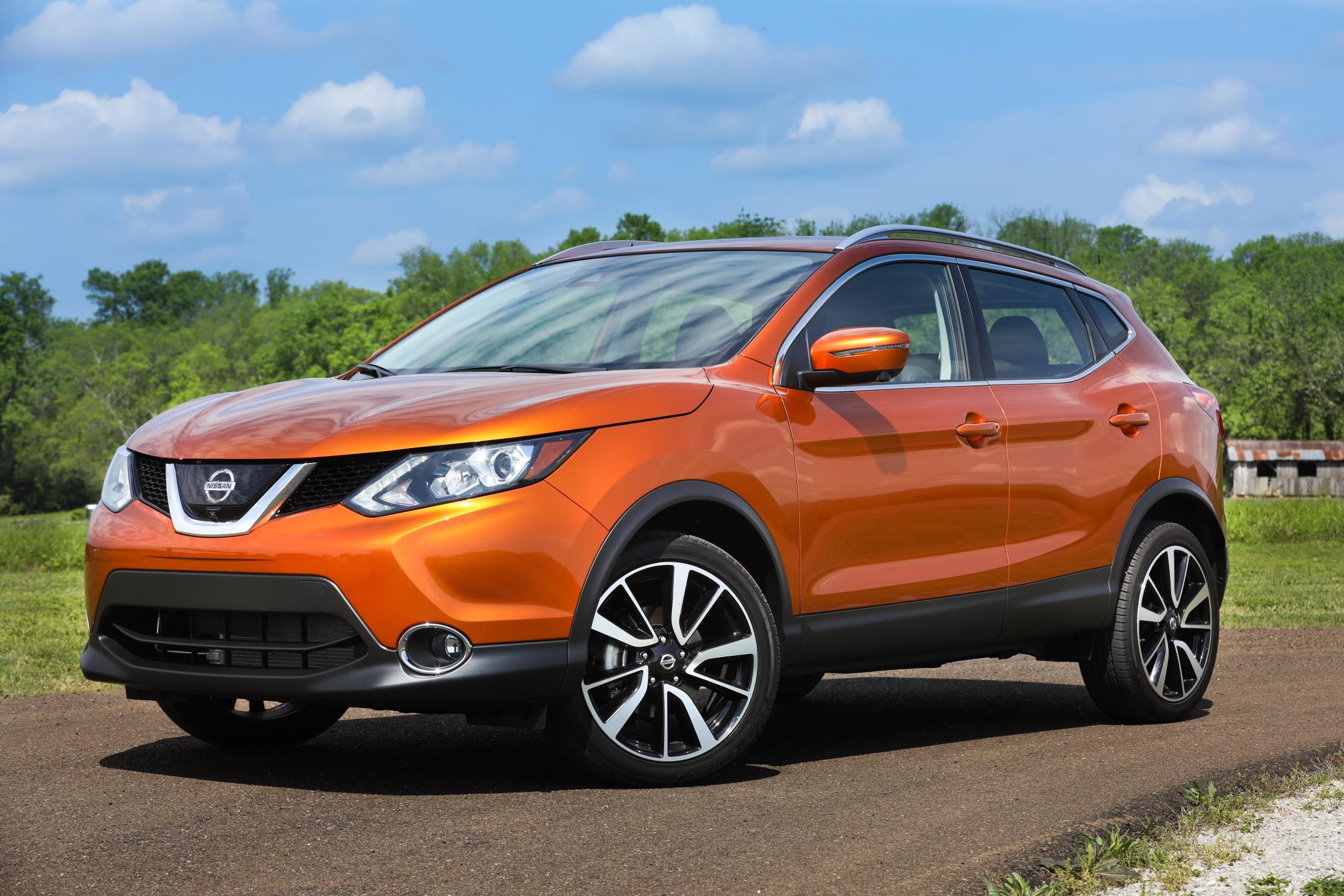 nissan announces u s pricing for new 2017 rogue sport. Black Bedroom Furniture Sets. Home Design Ideas
