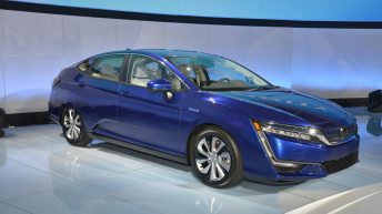 HONDA CLARITY PLUG-IN HYBRID AND CLARITY ELECTRIC UNVEILED AT 2017 NEW YORK AUTO SHOW