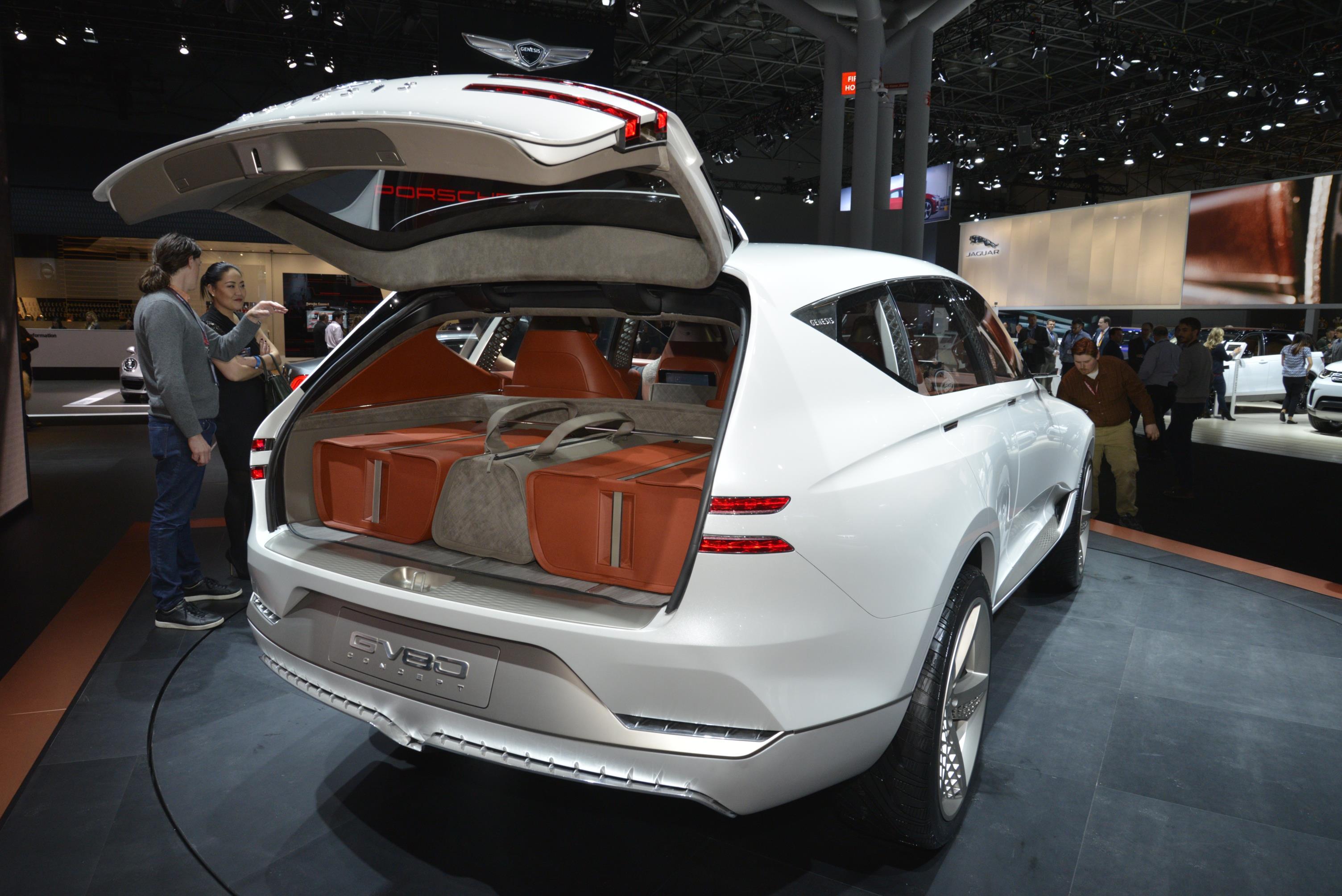 2017 Hyundai Genesis Release Date >> GENESIS REVEALS GV80 FUEL CELL CONCEPT - myAutoWorld.com