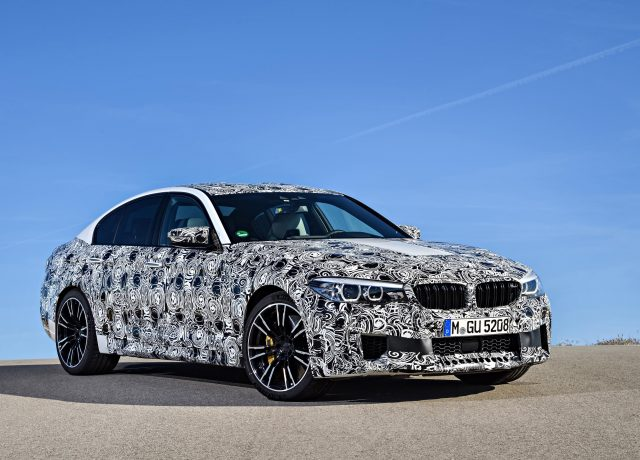 P90257489_highRes_the-new-bmw-m5-with-_tn