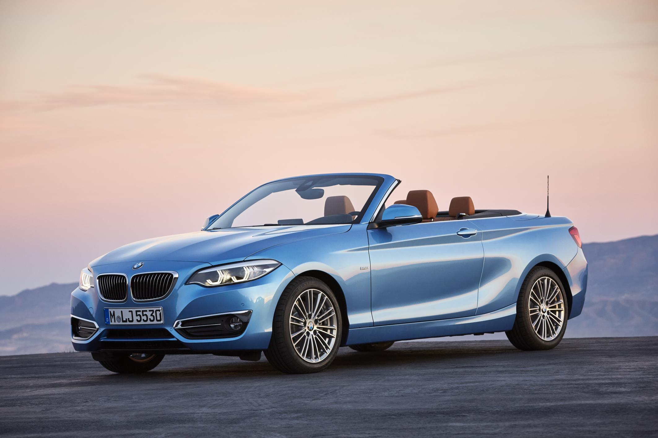 the new 2018 bmw 2 series coupe and convertible. Black Bedroom Furniture Sets. Home Design Ideas