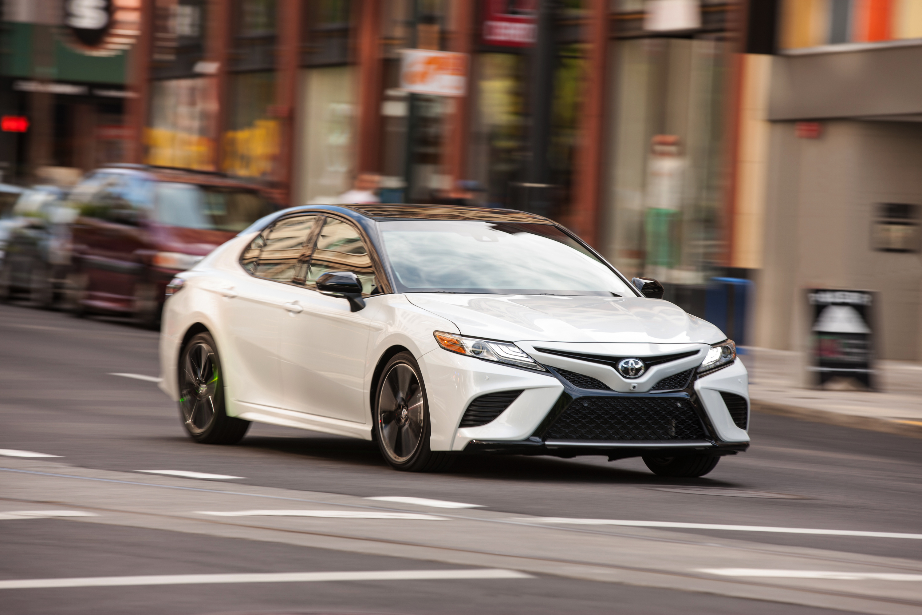 Toyota Camry: Correct driving posture