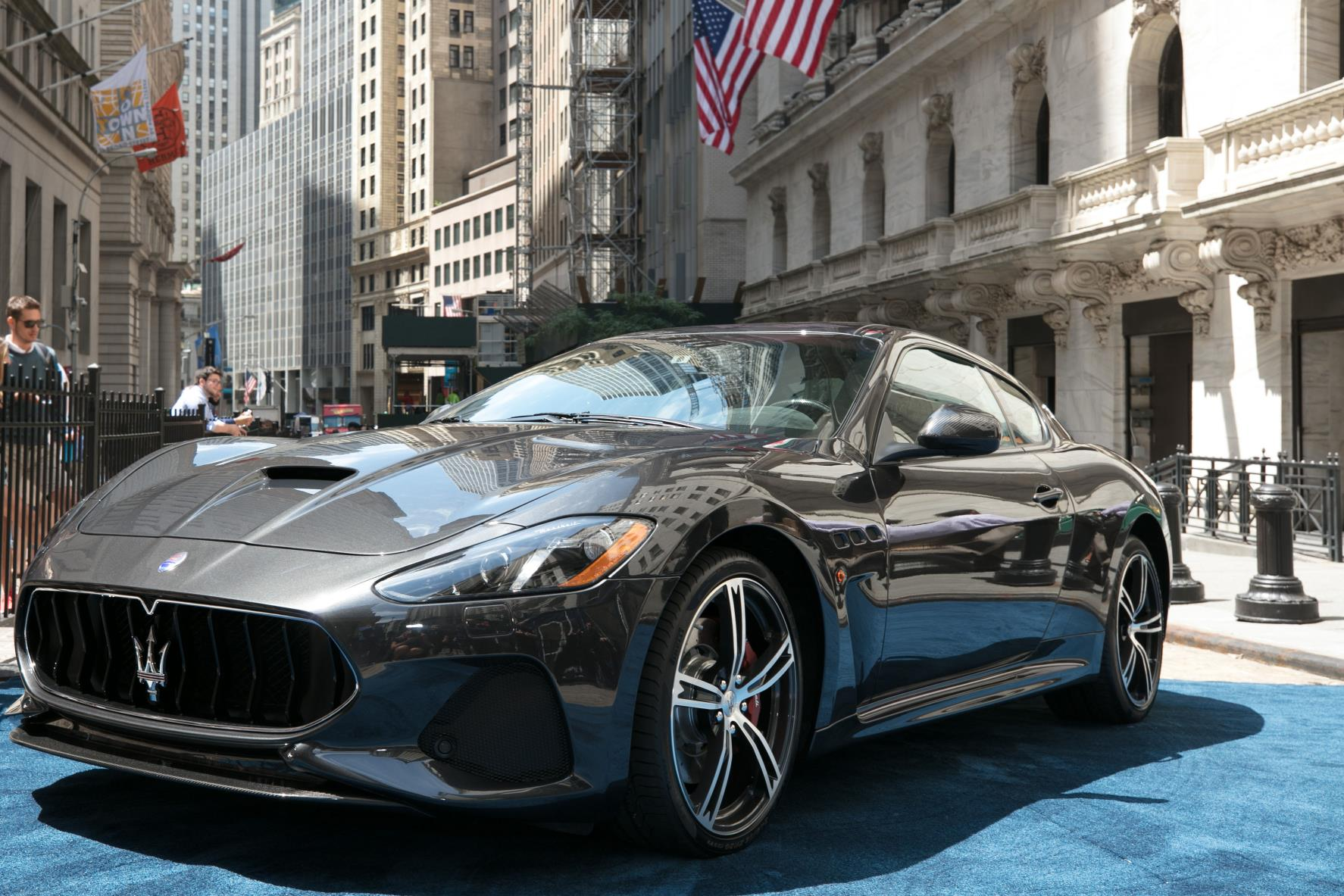 Elegant Maserati GranTurismo MC MY18 At New York Stock Exchange_2017_2