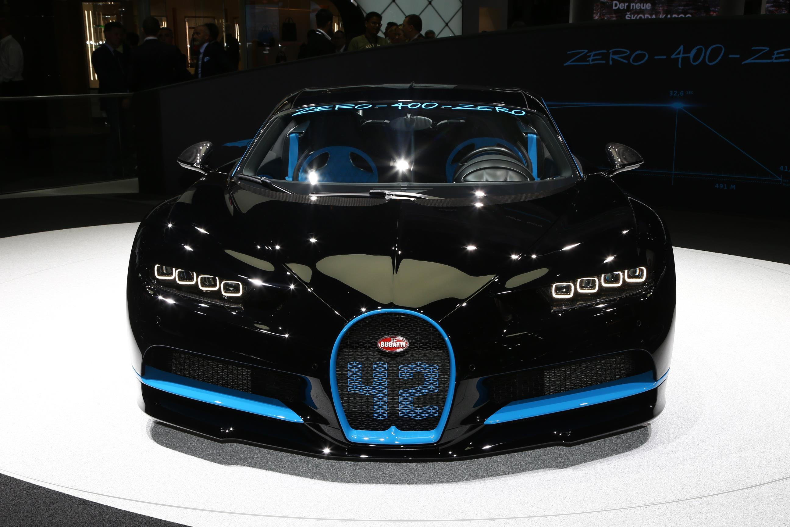 bugatti chiron sets world record. Black Bedroom Furniture Sets. Home Design Ideas