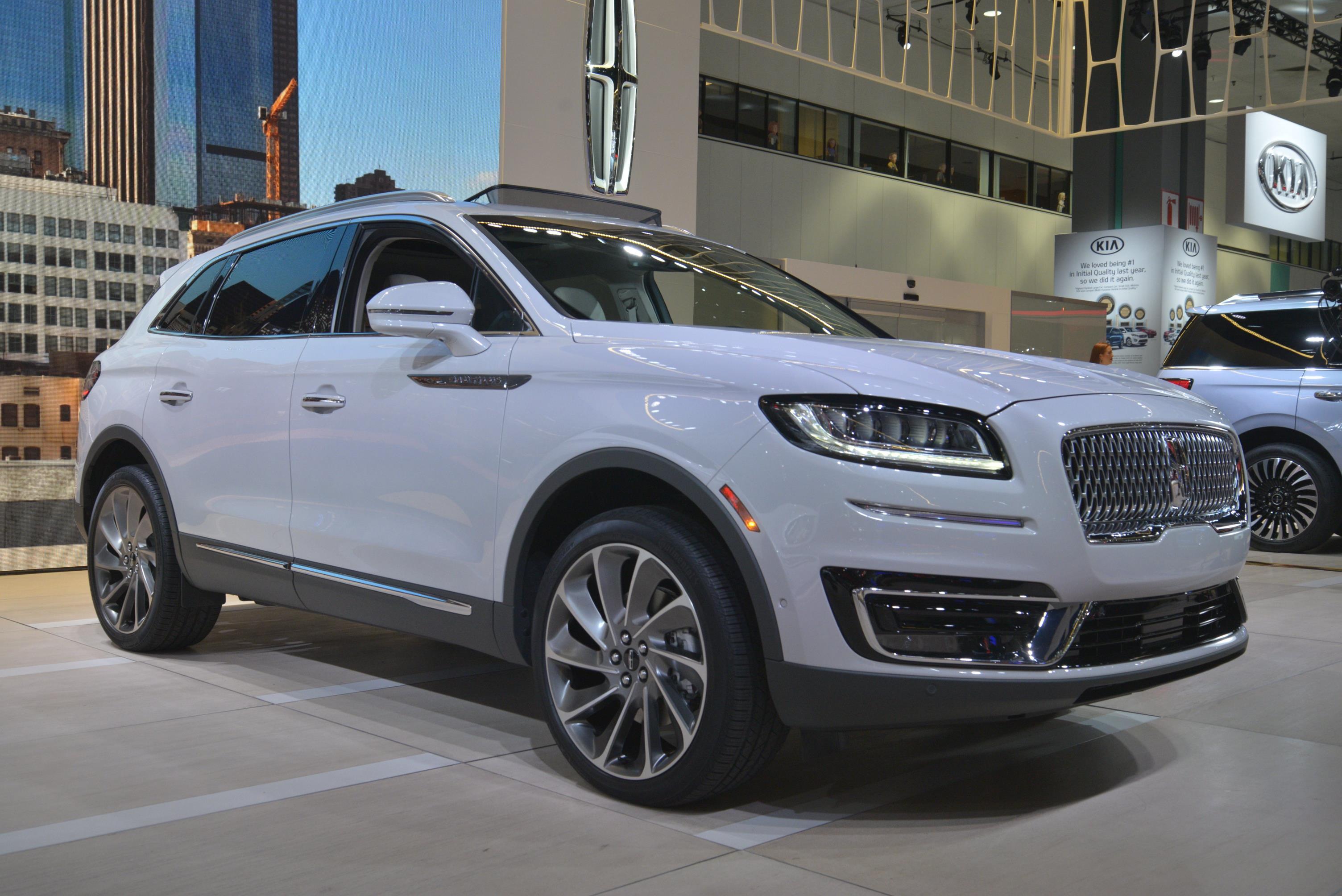 Luxury Auto Sales >> NEW 2019 LINCOLN MKC - myAutoWorld.com
