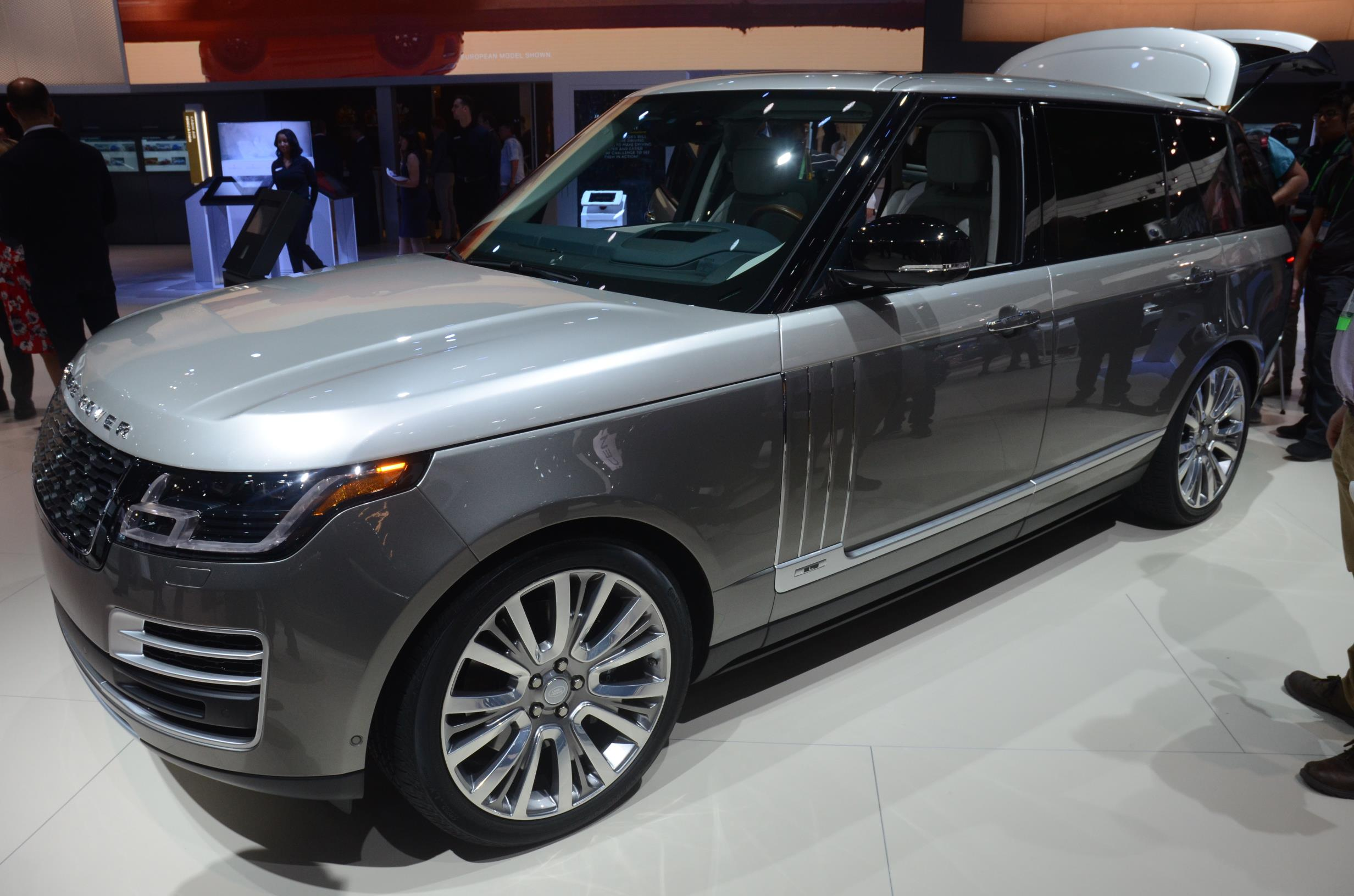 2018 the range rover svautobiography. Black Bedroom Furniture Sets. Home Design Ideas
