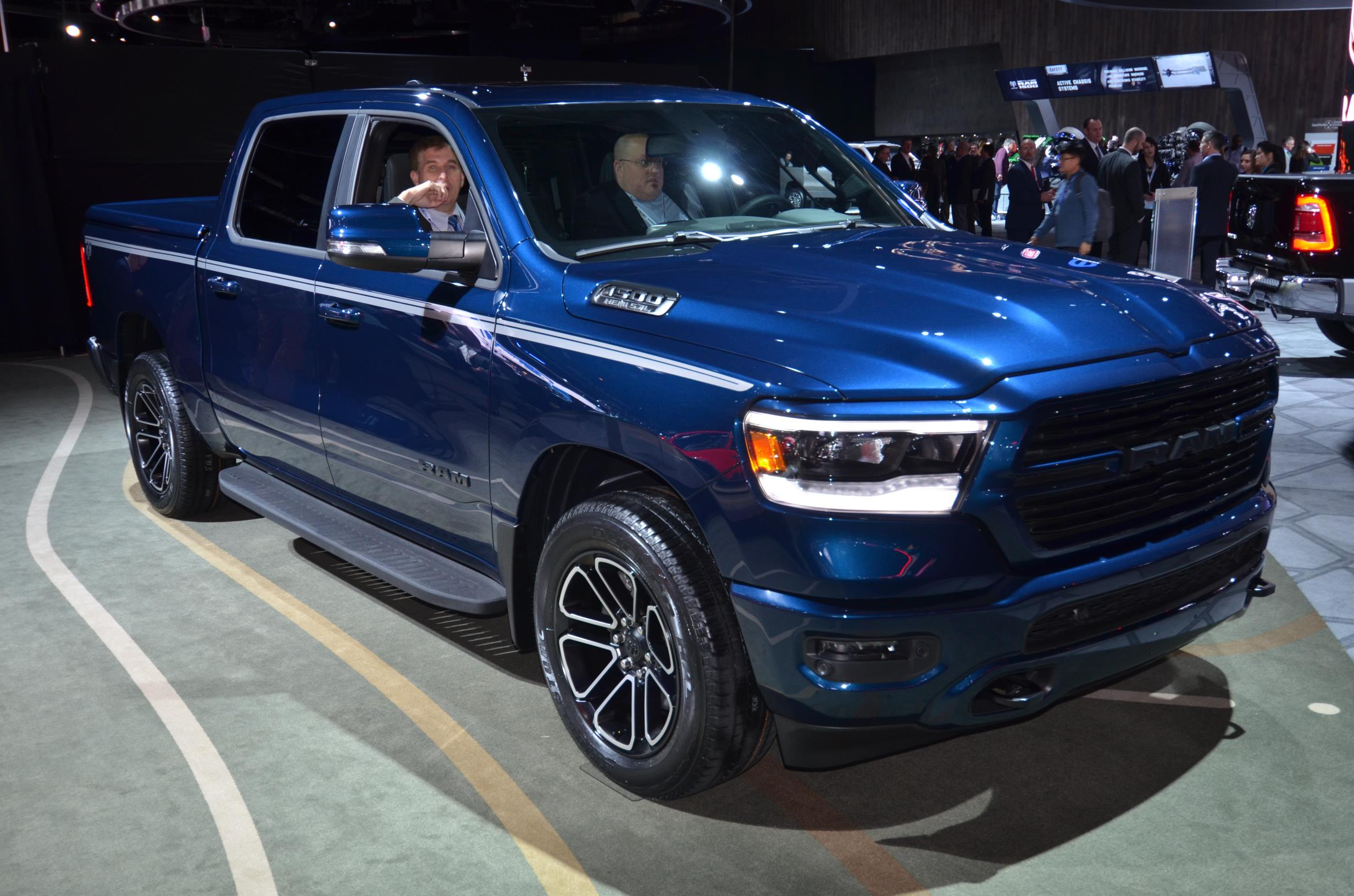 ALL-NEW 2019 RAM 1500 - myAutoWorld.com