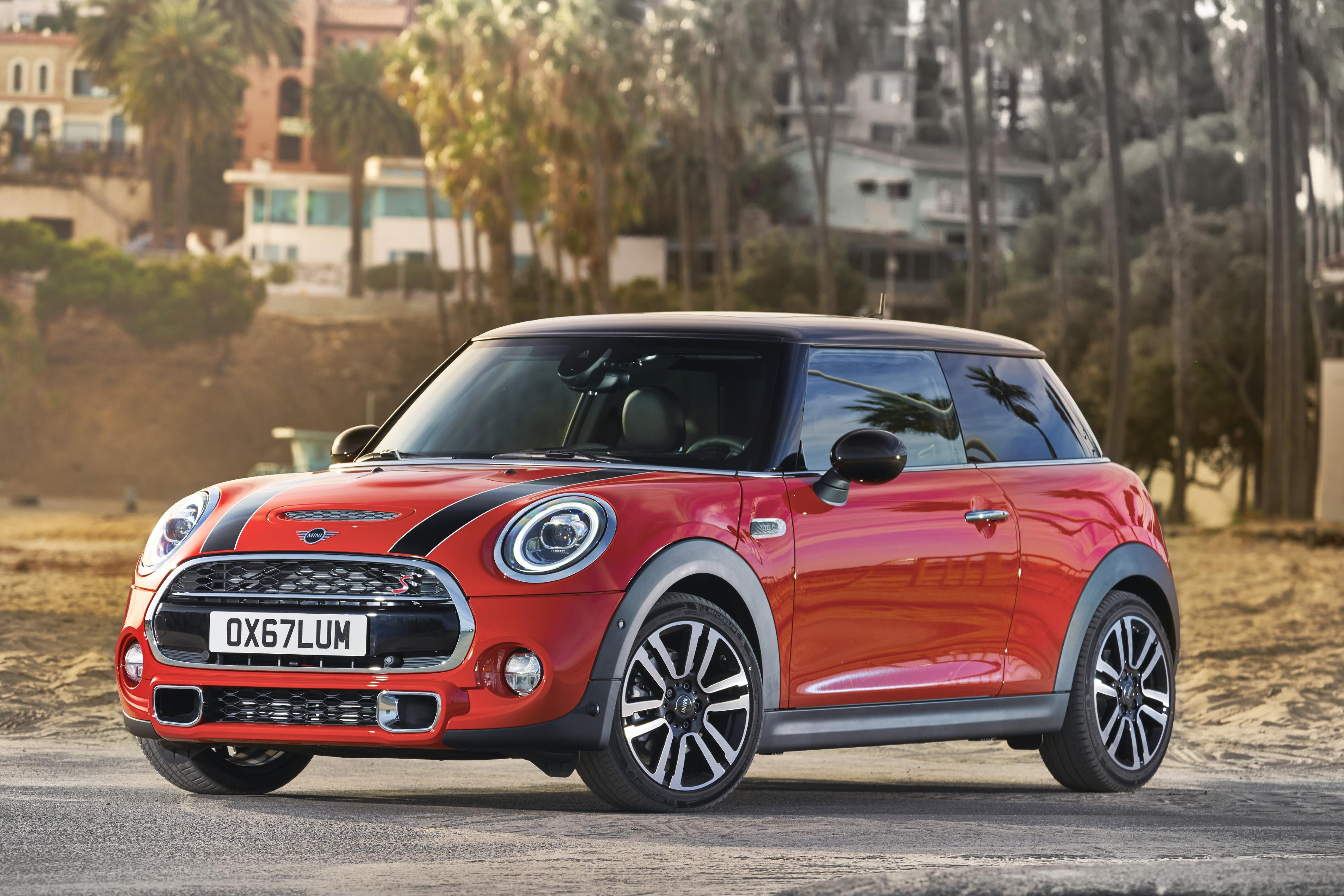 in very owners into step cooper is drive by s of number mini a se plug test irish door e second drivers electrification exclusive countryman after tested limited the all ev hybrid from