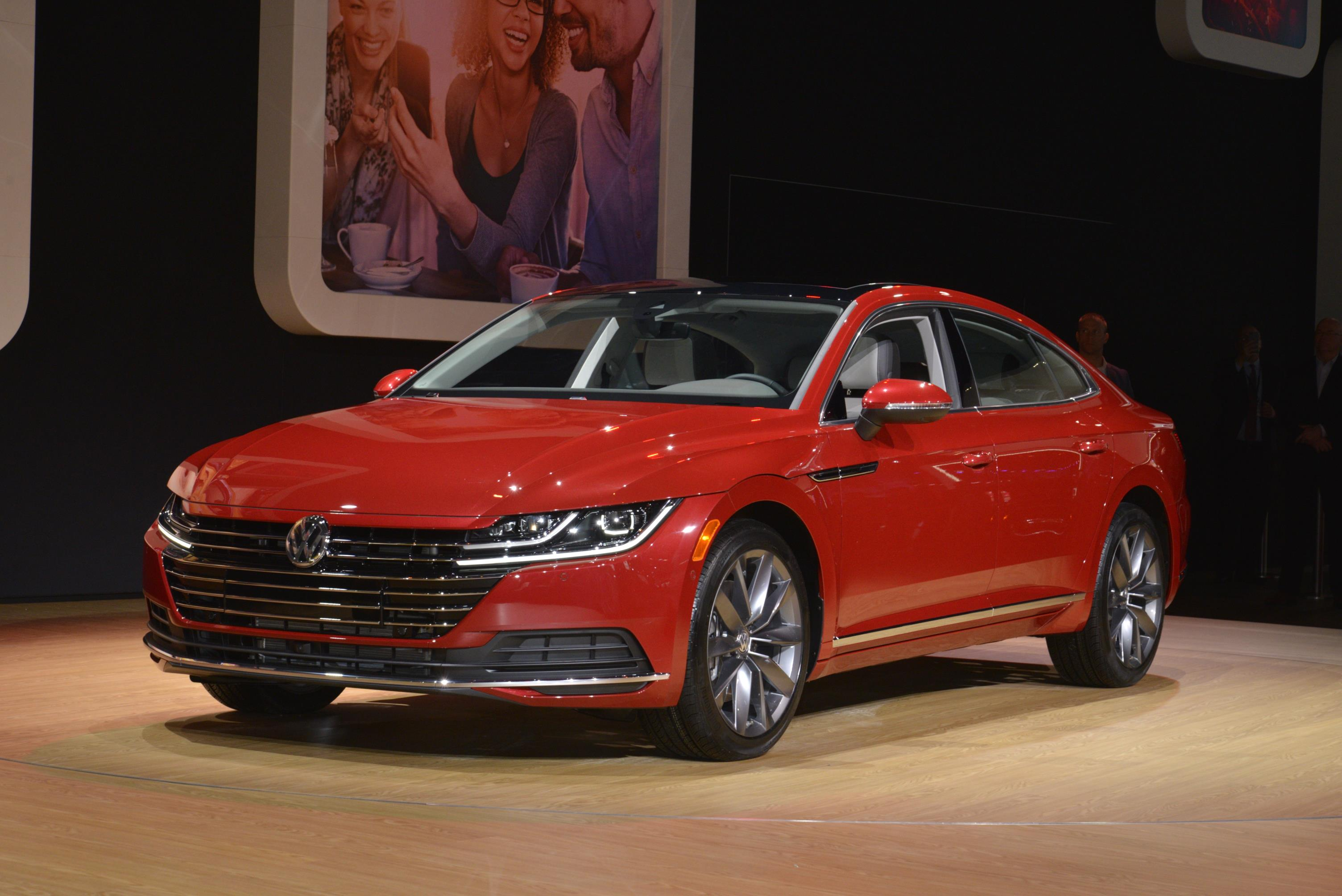 All New 2019 Volkswagen Arteon Makes U S Debut