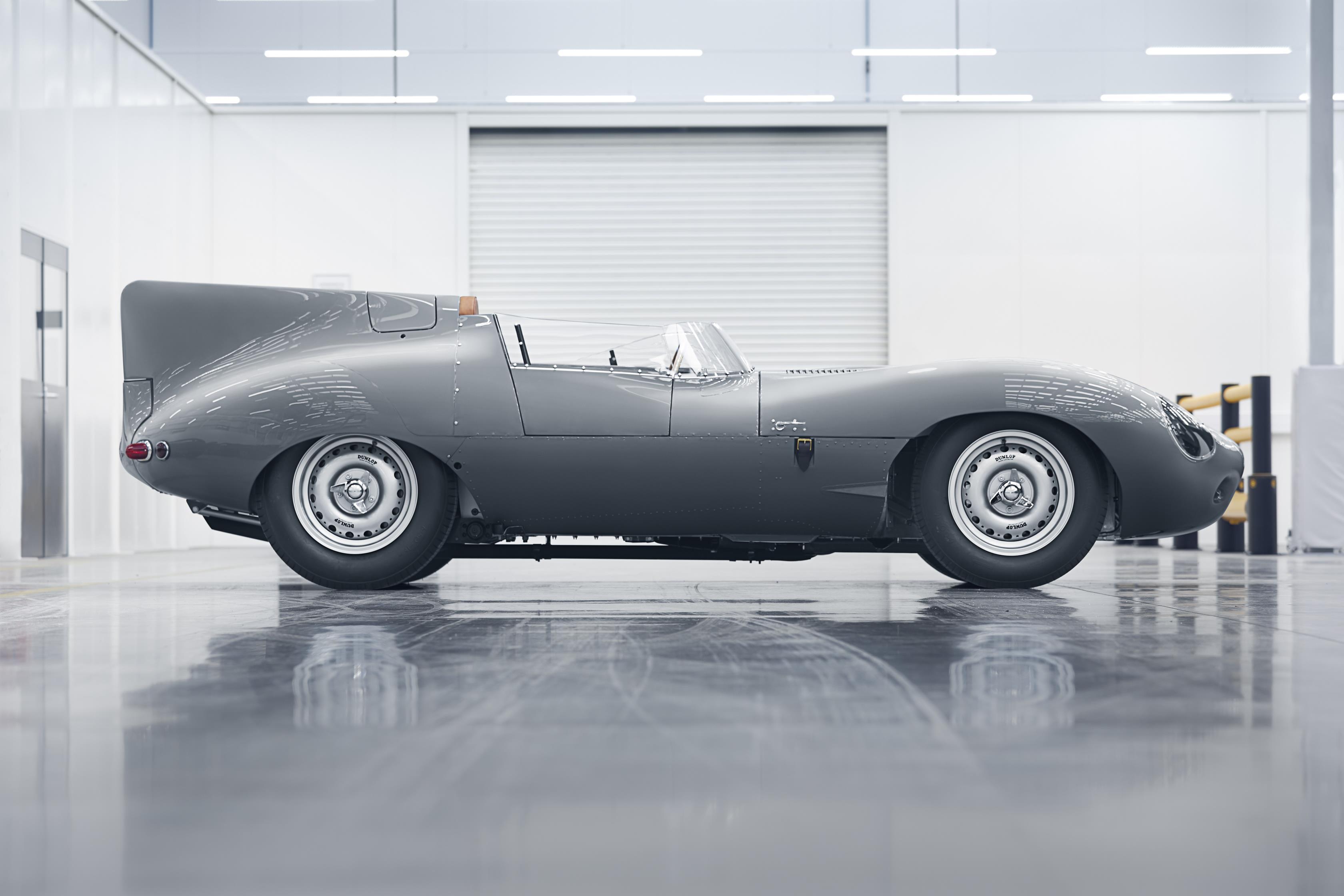 en front wikiwand los luxury xf jaguar angeles premium automatic dealership