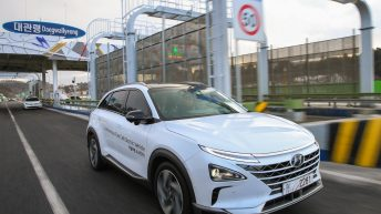 HYUNDAI FIRST SELF-DRIVEN FUEL CELL ELECTRIC VEHICLE